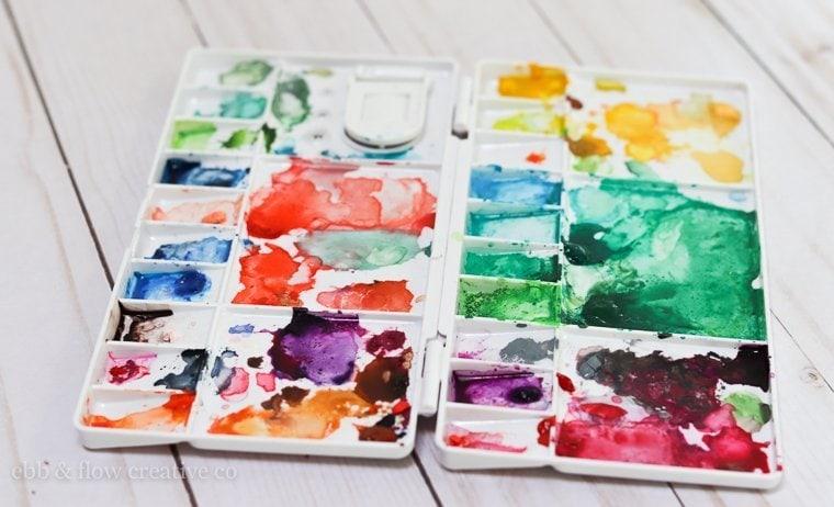 portable watercolor palette